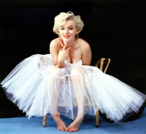 193-marilyn-monroe-theredlist