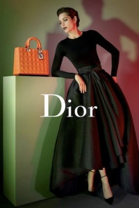 lady-dior-spring-2013_sp2_article_gallery_portrait