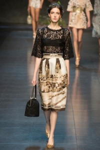 dolce-and-gabbana-rtw-ss2014-runway-07_120356375859