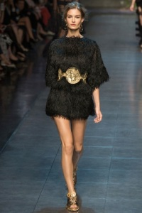 dolce-and-gabbana-rtw-ss2014-runway-45_120427918713