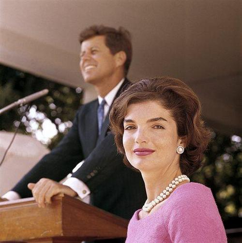 John F. Kennedy and Jacqueline Kennedy at Hyannis Port 1959 © 2000 Mark Shaw