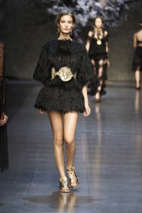 dolce-and-gabbana-ss-2014-women-fashion-show-runway-45-zoom