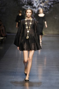 dolce-and-gabbana-ss-2014-women-fashion-show-runway-48-zoom
