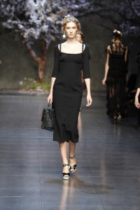 dolce-and-gabbana-ss-2014-women-fashion-show-runway-49-zoom