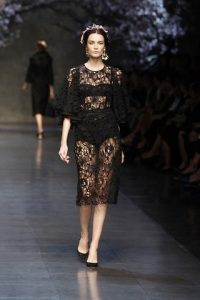 dolce-and-gabbana-ss-2014-women-fashion-show-runway-50-zoom