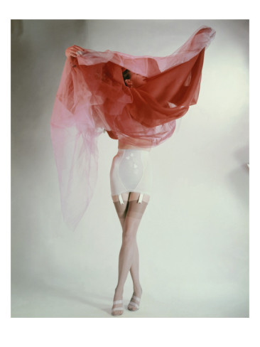 erwin-blumenfeld-vogue-february-1953